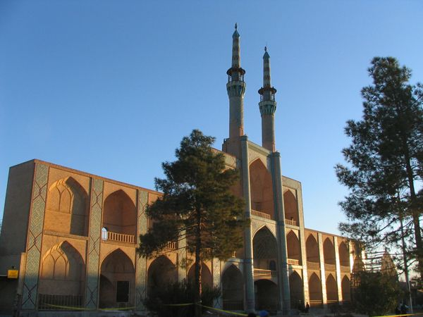 Remains of Historic Building Facade near Saryazd's southern cemetary - Saryazd
