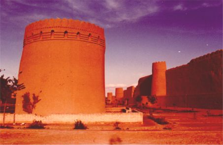 Yazd's tower and rampart