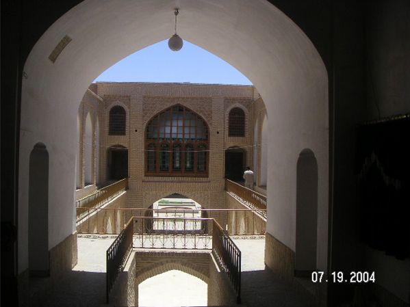 Entrance with view of window - Yazd by Husein Hemmati July 2004